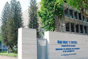NÓNG: Học phí Đại học Y dược TPHCM tăng mạnh